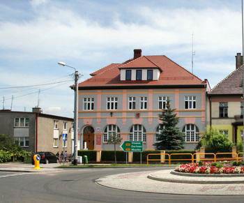 Budynek Urzędu Miejskiego w Polanowie